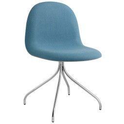 Gubi Gubi 9 Stuhl gepolstert mit Chrom Untergestell